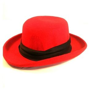 London fog red hat women medium 7-7.1/8